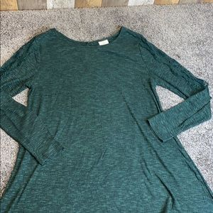 Green tunic style long XL shirt with lace